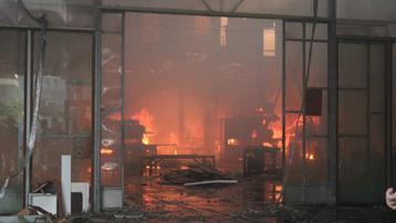Cháy lớn tại xưởng gỗ ở Hải Phòng