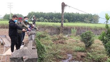 Vụ dân dựng lán 'bảo vệ hiện trường xả thải' ở Hòa Bình: Tổng cục Môi trường đề nghị xử lý nghiêm