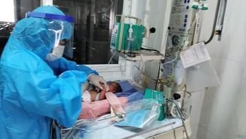 Đắk Lắk: Mổ lấy con cứu sản phụ bị Covid-19 diễn tiến nặng