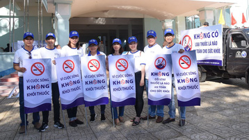 Tổ chức biểu diễn nghệ thuật với chủ đề phòng, chống tác hại của thuốc lá