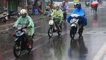 Thời tiết hôm nay: Mưa rào rải rác ở Miền Trung