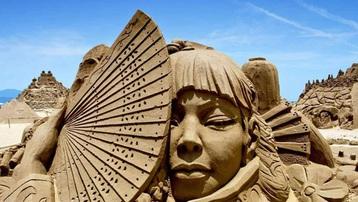 Những tác phẩm điêu khắc tuyệt đẹp làm từ cát