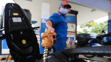 Giá xăng, dầu tăng lần đầu tiên sau Tết Nguyên đán