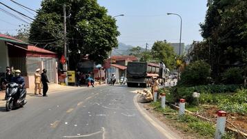 Một người đàn ông tử vong sau chạm với xe đầu kéo trên Quốc lộ 6 ở Sơn La