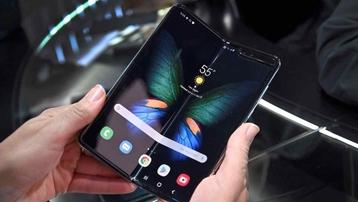 Smartphone gập 2 lần của Samsung sẽ thế nào?