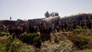 Tai nạn tàu hỏa nghiêm trọng ở Ai Cập, ít nhất 32 người tử vong