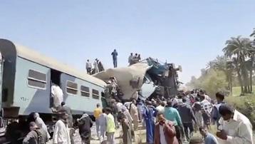 Tai nạn tàu thảm khốc ở Ai Cập: Số thương vong tăng lên gần 200 người