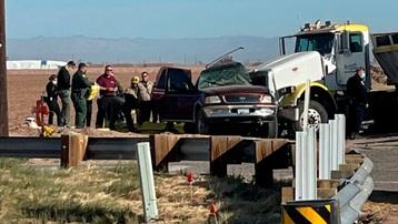 Mỹ: Ít nhất 15 người chết trong vụ tai nạn giao thông nghiêm trọng ở bang California