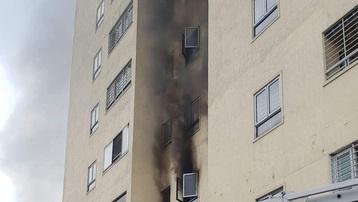 Cháy tại chung cư 21 tầng, người dân nháo nhào chạy