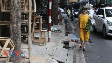Hà Nội: Khi vỉa hè không còn dành cho người đi bộ