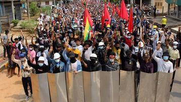 Chính biến Myanmar: Thêm loạt thành viên đảng của bà Suu Kyi bị bắt giữ