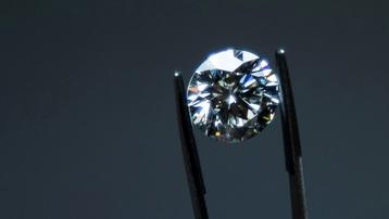 Trung Quốc triệt phá đường dây buôn lậu kim cương trị giá hơn 6 triệu USD