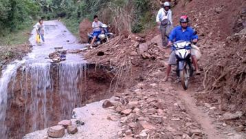 Thái Nguyên: Di dời khẩn cấp 13 hộ dân tại khu vực có nguy cơ cao xảy ra lũ