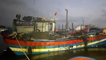 Quảng Ngãi: Cháy tàu cá gần 2 tỷ đồng