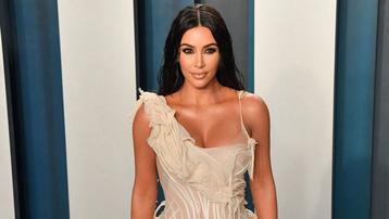 Kim Kardashian trở thành tỷ phú USD