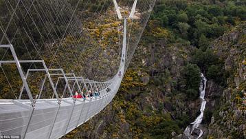 Bồ Đào Nha khánh thành cầu treo đi bộ dài nhất thế giới