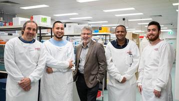 Australia thử nghiệm thuốc điều trị Covid-19 hiệu quả gần 100%