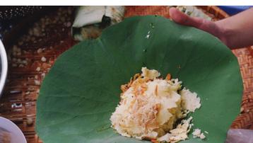 Xôi trong ẩm thực Việt: Món ăn vội nhưng lại chứng kiến từng cột mốc đời người