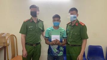 Bắt giữ đối tượng mua bán 2 bánh heroin ở Sơn La