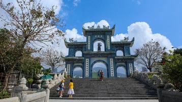 Chùa Linh Ứng-Bãi Bụt - điểm đến tâm linh đất Đà thành