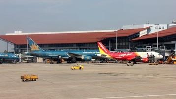 Dừng nhập cảnh hành khách tại sân bay Nội Bài