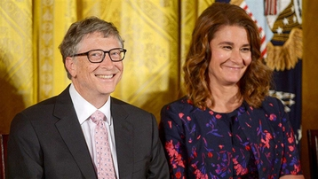 Bill Gates sẽ chia nửa khối tài sản khổng lồ trị giá 130 tỷ USD cho vợ?