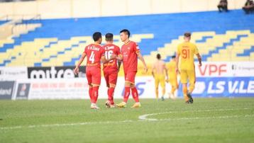 Trận SLNA - Hà Nội FC có nguy cơ bị hoãn vì Covid-19
