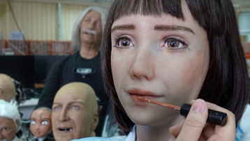 Gặp gỡ nữ y tá robot Grace, ra đời từ nhu cầu trong dịch bệnh