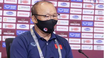 HLV Park Hang Seo bị cấm chỉ đạo trận Việt Nam vs UAE