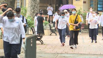 Hà Nội: Yêu cầu chốt trực giúp thí sinh đến điểm thi an toàn