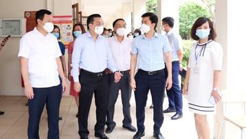 Chủ tịch UBND TP Hà Nội Chu Ngọc Anh: 'Từng điểm thi không thể xem nhẹ công tác bảo đảm an toàn phòng, chống dịch'