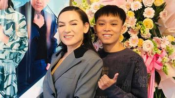 Phi Nhung bị bà Phương Hằng gọi tên, Hồ Văn Cường liềnkểrõ con người thật của mẹ nuôi