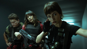 'Money Heist' tung loạt ảnh mùa 5 kịch tính, hé lộ số phận của băng cướp thế kỷ