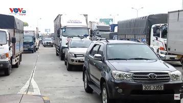 Hà Nội chỉ đạo khẩn để giảm ùn tắc tại 22 chốt kiểm dịch