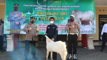 Indonesia hạn chế cầu nguyện, cấm tổ chức đón lễ hiến tế do Covid-19