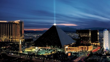 8 công trình kiến trúc kim tự tháp độc đáo