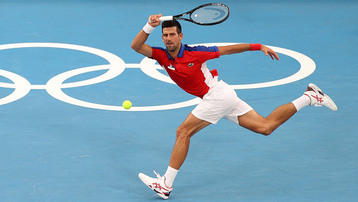 Djokovic thắng dễ, hẹn Nishikori ở tứ kết Olympic Tokyo