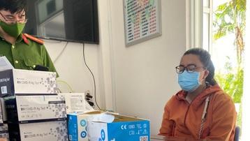 Phú Yên: Bắt quả tang đối tượng bán kit test nhanh COVID-19 không rõ nguồn gốc