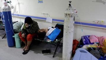 Cuộc đua oxy giành sự sống cho nạn nhân Covid-19 ở Indonesia