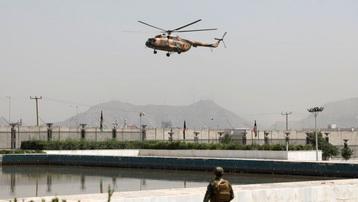Tổng thống Afghanistan chạy khỏi đất nước với 4 ô tô và 1 trực thăng chất đầy tiền