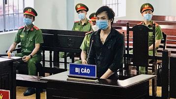 Bình Thuận: Bị phạt 12 tháng tù vì 'thông chốt' kiểm soát dịch và chống người thi hành công vụ