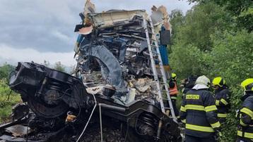 Hàng chục người thương vong trong vụ tai nạn tàu hỏa nghiêm trọng tại Séc
