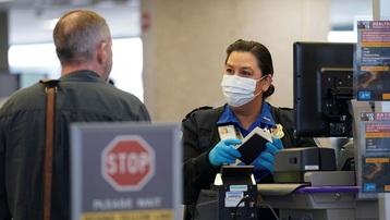 Mỹ tăng mức phạt lên 3.000 USD với du khách không đeo khẩu trang