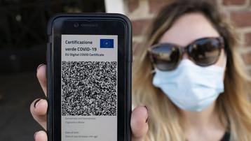 Các nước triển khai 'thẻ xanh COVID-19' thế nào?