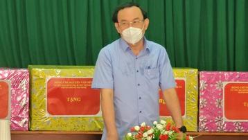 Bí thư Nguyễn Văn Nên: 'Củng cố hệ thống y tế đủ lực chăm lo người dân sau khi trở lại trạng thái bình thường mới'