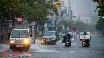 Thời tiết hôm nay: Mưa lớn ở Trung Bộ, Bắc Tây Nguyên