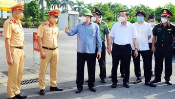 Bí thư Thành ủy Hà Nội Đinh Tiến Dũng: Tạo đồng thuận trong nhân dân để phân vùng phòng, chống dịch thật hiệu quả