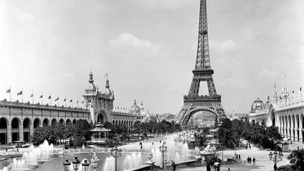 """Ảnh cũ đẹp mơ màng của """"thành phố tình yêu"""" Paris"""