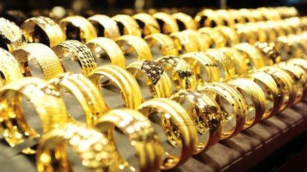 Nhà đầu tư thận trọng, giá vàng giảm mạnh