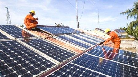 Hà Nội phấn đấu đến năm 2025 tổng công suất nguồn điện mặt trời đạt 100MWp